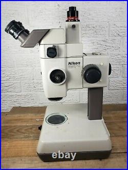 Nikon SMZ-U Stereoscopic Zoom Microscope ED Plan 1X UW10xa/24 lighted base C1